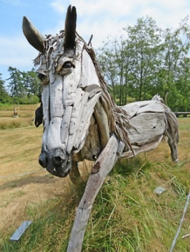 Large horse from driftwood